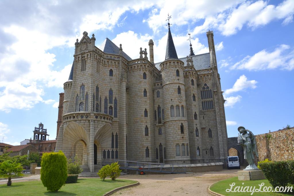 Exterior del Palacio Episcopal de Astorga